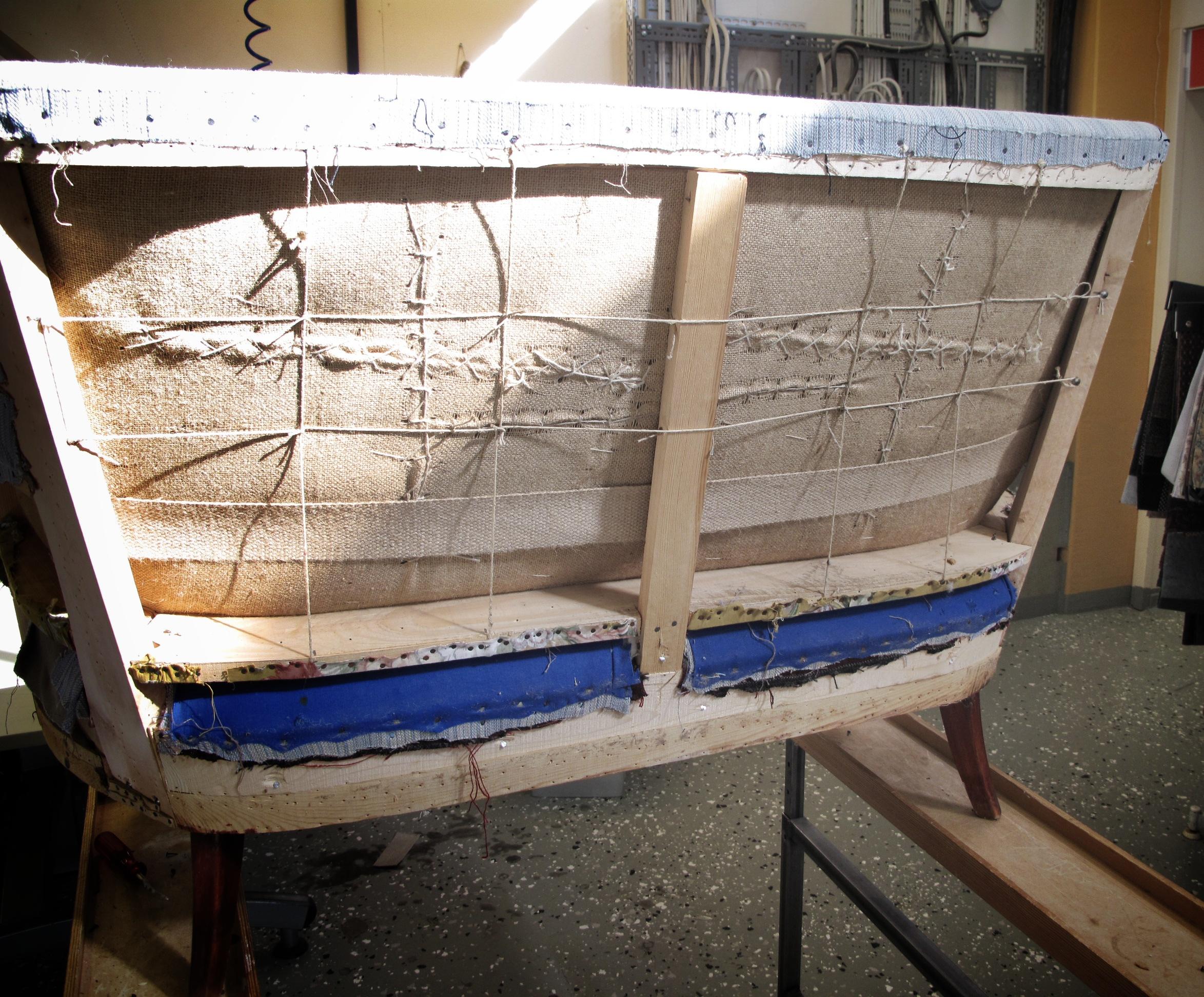 Tapetserararbete soffa