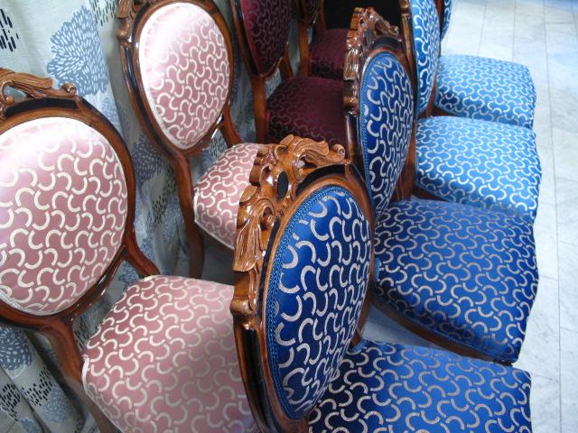 Omklädda stolar i tyg från DEDAR